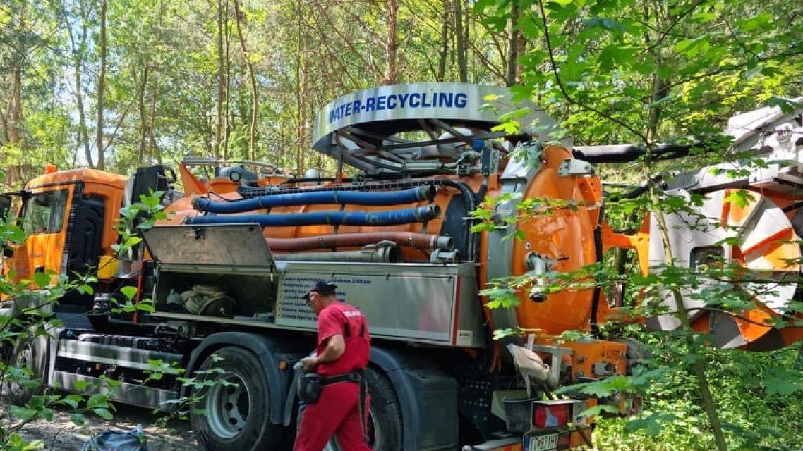 Spoločnosť HATER-HANDLOVÁ zabezpečila čistenie kanála